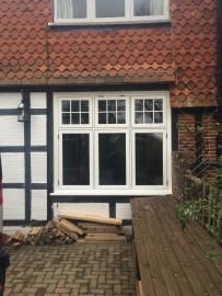 Morgan R9 window