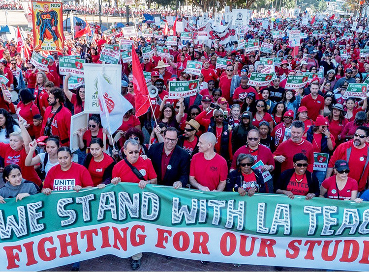 Thousands of teachers and supporters rallied in Los Angeles Dec. 15 in preparation for strike for new contract. Contract expired in June 2017. Union is pressing for smaller class size, a 6.5 percent pay raise, and hiring of more school nurses, counselors and librarians.