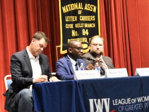 """The Socialist Workers Party """"begins with the ability of working people to fight,"""" said Malcolm Jarrett, speaking, SWP candidate for Pittsburgh City Council, at Oct. 15 candidates debate."""