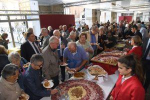 Doparsi di salumi: una tipica attività intergenerazionale dell'Emilia Romagna