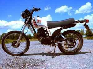 Yamaha-xt_125 del 1982