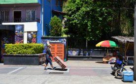 Medellìn, Comuna 13 - La vita nel quartiere. Foto Gabriella Maugeri e Stiben Mesa Paniagua