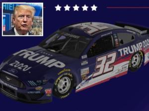 """Gli USA festeggiano il 4 luglio con un'auto battezzata """"Trump 2020"""""""