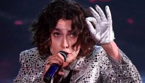 Se la politica invecchia, Sanremo ringiovanisce: l'età media dei cantanti si abbassa