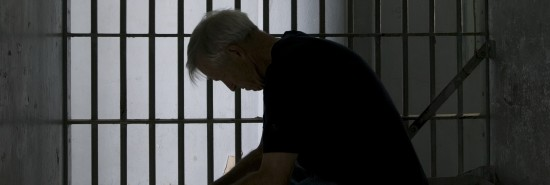 Maine jails' COVID-19 policies force daily 23-hour lockdowns, no visits, and no worship