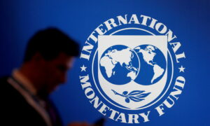IMF Cuts US Growth Forecast Due to Supply Chain Chaos, Weaker Spending