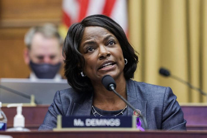 Democrat Val Demings Breaks Florida Fundraising Record, Gears Up for Expensive Senate Battle Against Marco Rubio