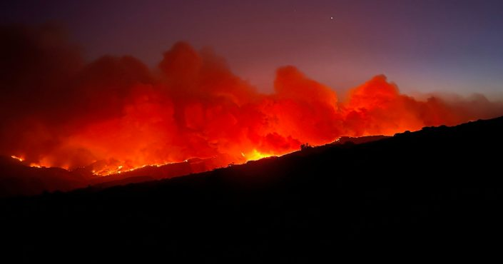 800 Firefighters Battling Wildfire as It Nears Reagan Ranch