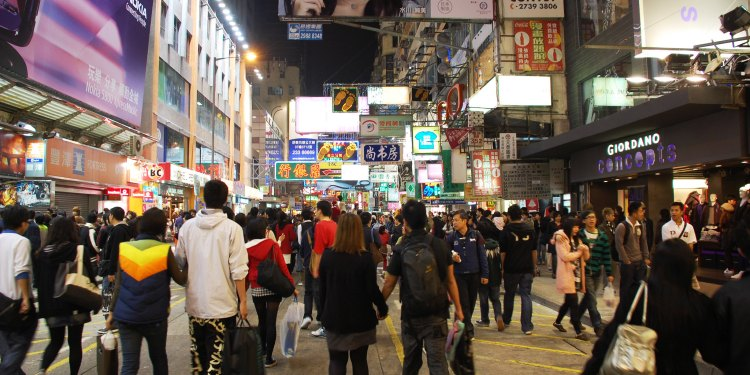Cheap places to go shopping in Hong Kong