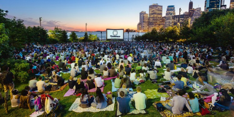 outdoor movie in NYC