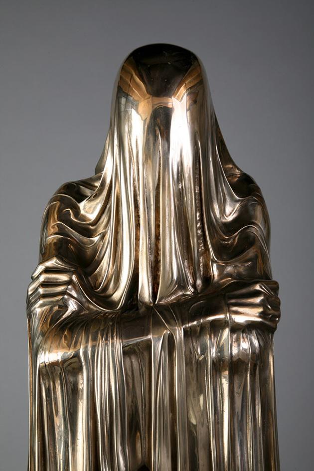 poetic-veiled-sculptures