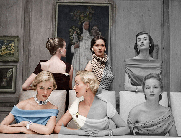 Stunning Animated GIFs Colorize Vintage Black and White Photos