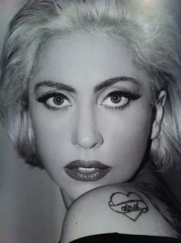 beautiful-eyes-horrible-lady-gaga-ridiculous-favim-com-261556