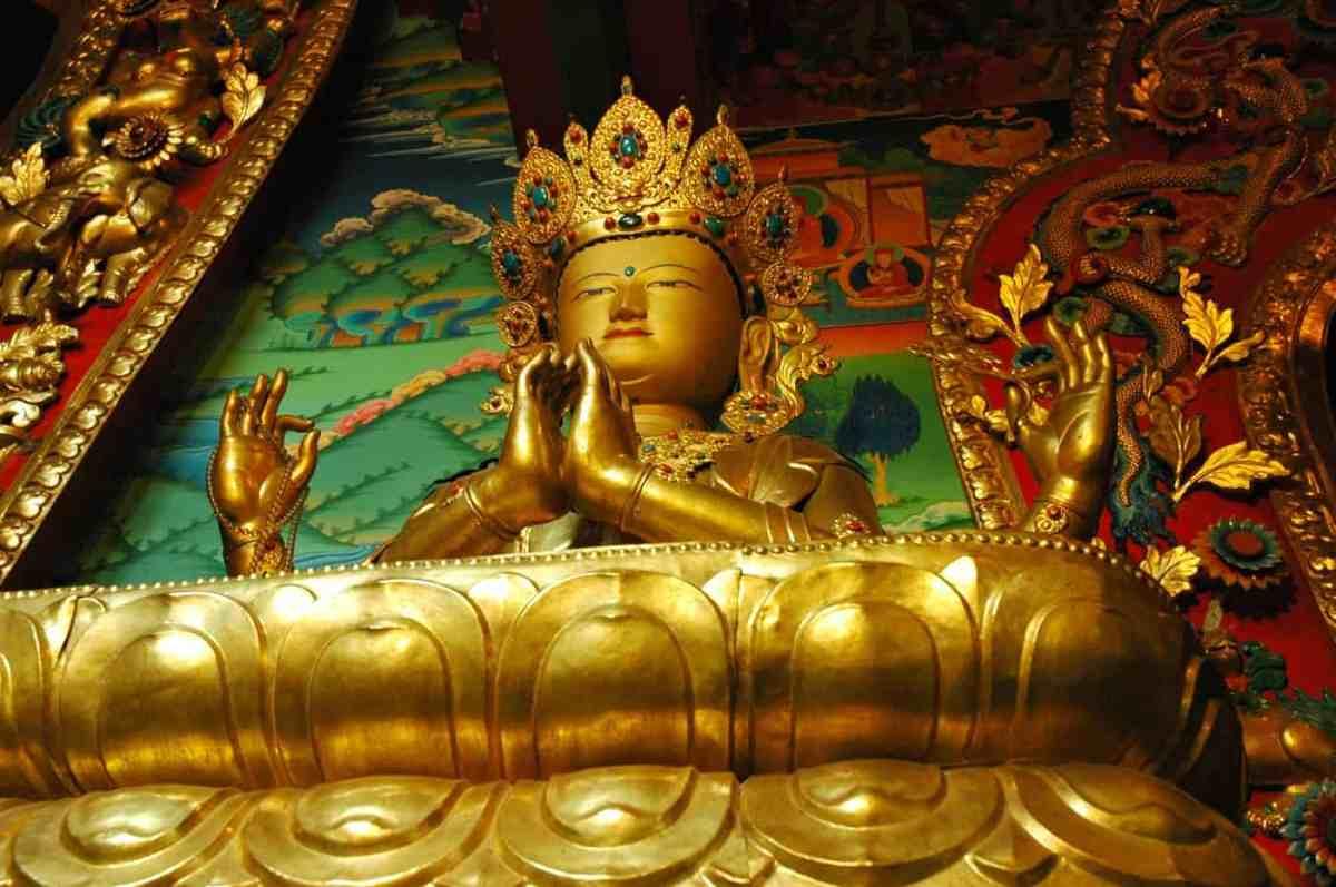 Estatua de Chenrezig, Bodhisattva de la compasión