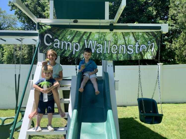 3 kids enjoying their last day of school in 2019