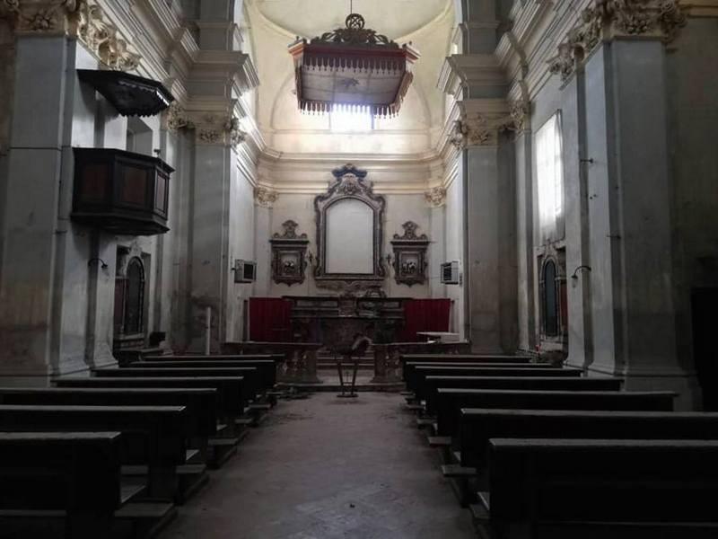 leri cavour - chiesa - paese fantasma - the minutes fly
