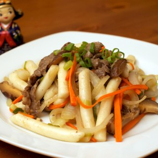 Tteokbokki (Korean Stir Fry Rice Cake)