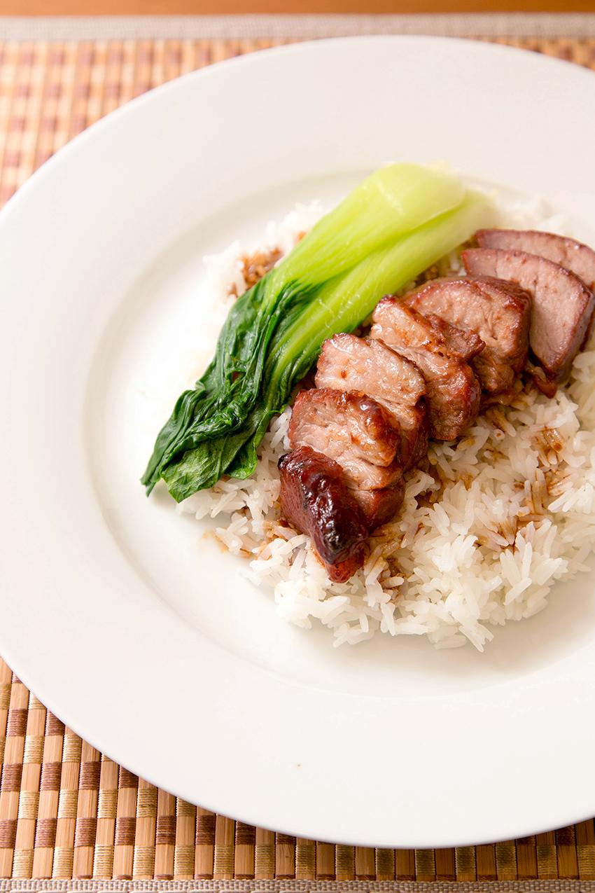 Cantonese Style BBQ Pork over Rice (Char Siu with Rice) #hongkongrecipe #cantoneserecipe #chinesebbq #charsiu #bbqpork #pork #rice #roasted #dinner #dinnerrecipe #叉燒飯 | The Missing Lokness