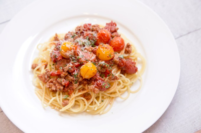 Spaghetti with Sausage and Grape Tomato Ragu 2 | The Missing Lokness