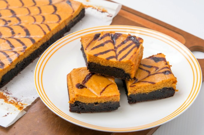 Pumpkin Cheesecake Brownie 3 | The Missing Lokness