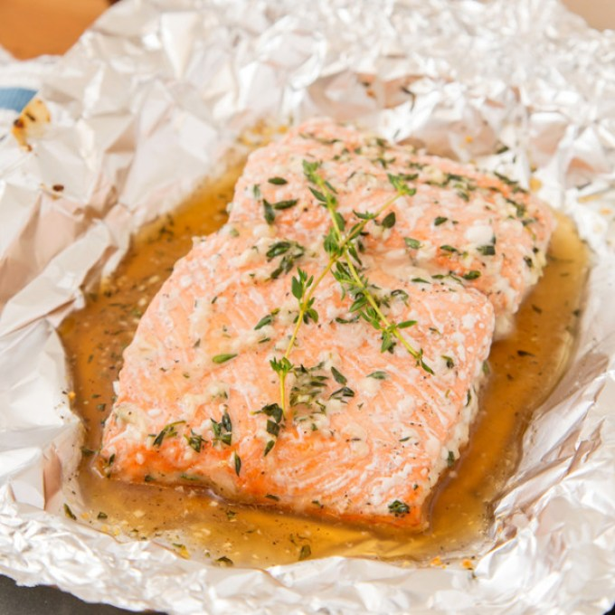 Baked Salmon with Honey and Thyme sq