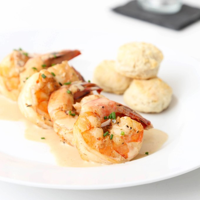 New Orleans BBQ Shrimps with Mini Rosemary Biscuits 3 | The Missing Lokness