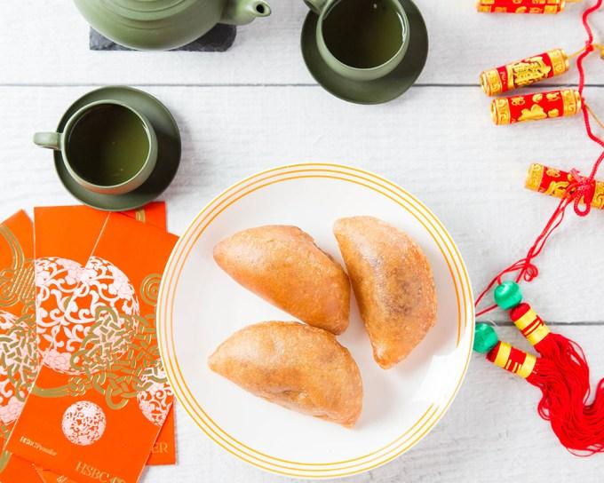 Fried Red Bean Puffs #redbean #azukibean #chinesenewyear #chineserecipe #friedfood #glutinousriceflour #dessert #dessertrecipe #snack | The Missing Lokness