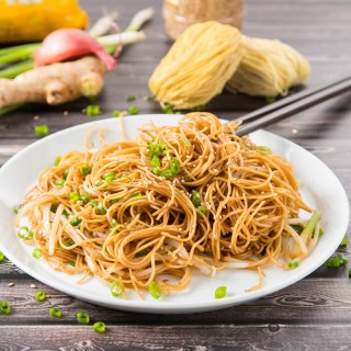 Hong Kong Soy Sauce Pan-Fried Noodles