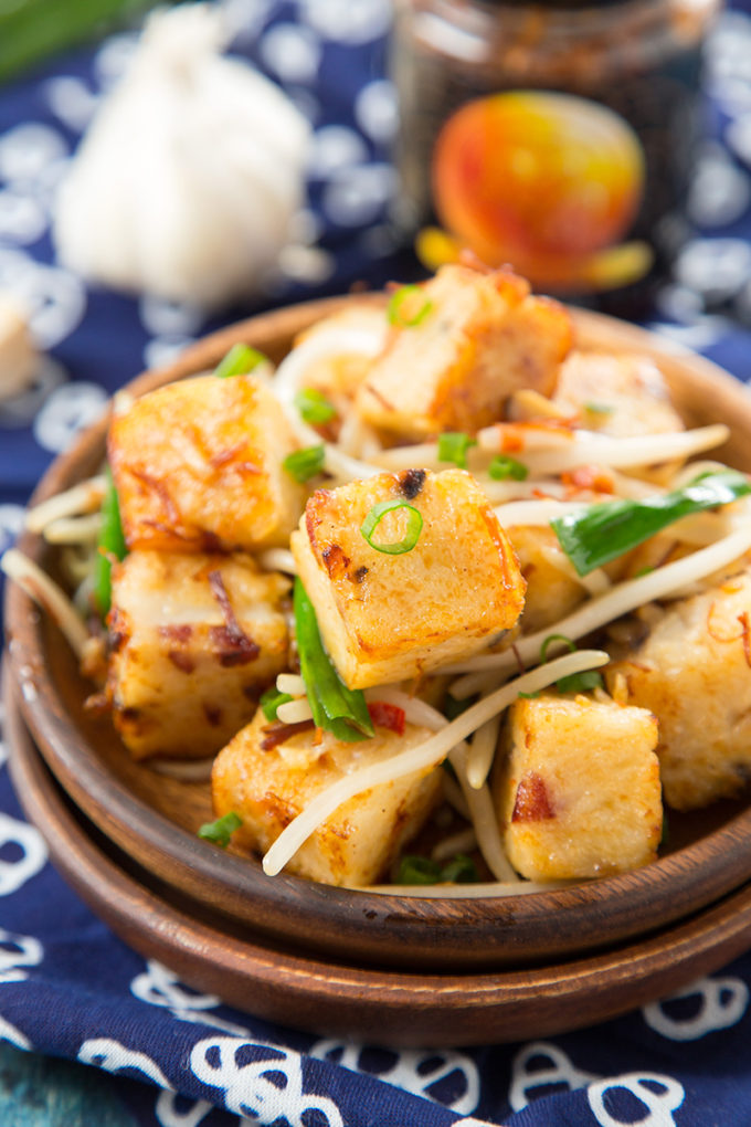 Pan Fried Turnip Cake With Xo Sauce The Missing Lokness