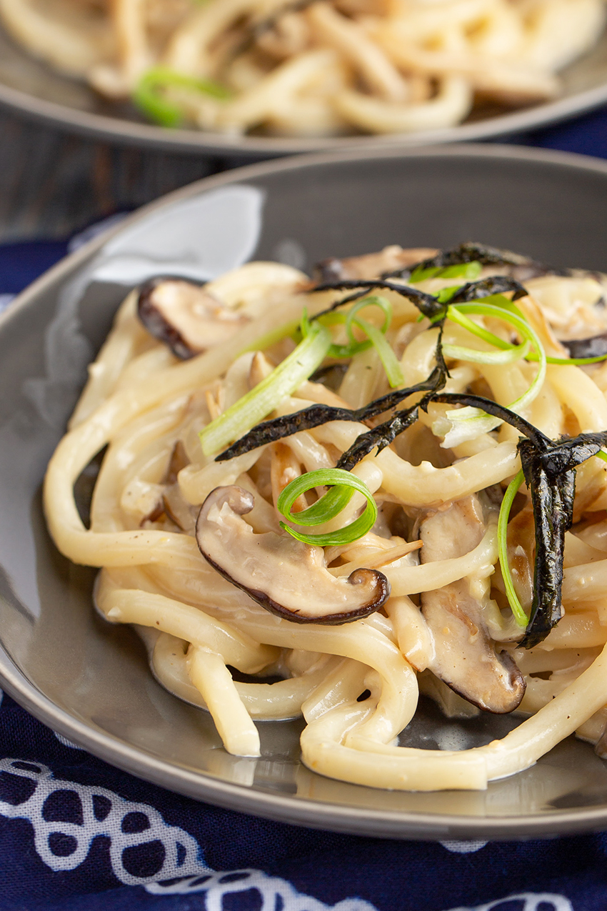 Creamy Miso Udon with Mushrooms #Japaneserecipe #udon #miso #creamsauce #yoshoku #mushrooms #noodles #dinner #dinnerrecipe | The Missing Lokness