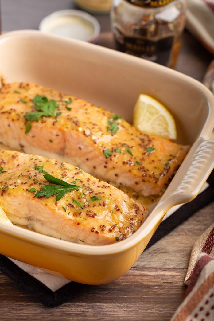 Baked Salmon with Honey Mustard Sauce #salmon #baked #honey #wholegrainmustard #dijonmustard #seafood #fish #easyrecipe #dinner #dinnerrecipe | The Missing Lokness