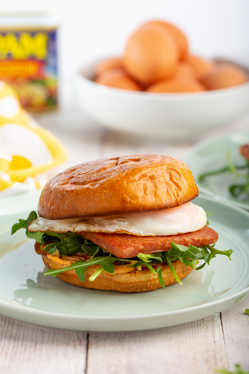 Spam and Egg Sandwiches #spam #egg #sandwich #eggsandwich #chilisauce #breakfast #breakfastrecipe #lunch #easyrecipe | The Missing Lokness