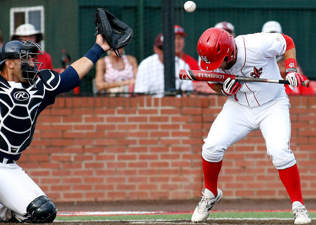wild pitch baseball