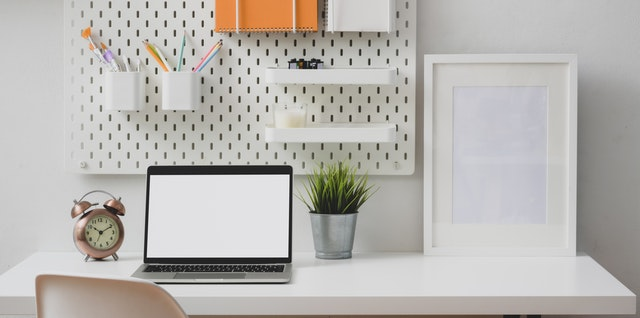 5 Tips to Declutter Space for an Office for the Whole Family