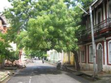 Wide, empty streets. Is this really India?!