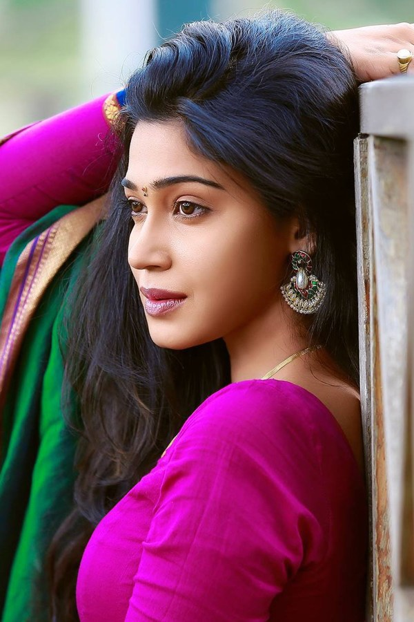 Beautiful Indian girl in pink and green dress mobile ...