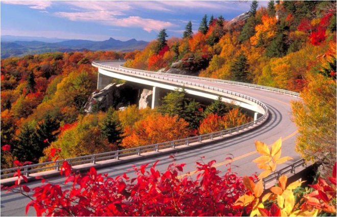 More than a million tourists flock to view the fall foliage every October in the Great Smoky Mountains National Park.