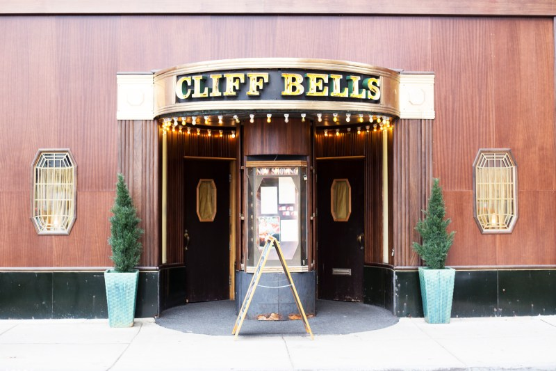 Cliff Bells, is one of my favorite places in Detroit to enjoy jazz.