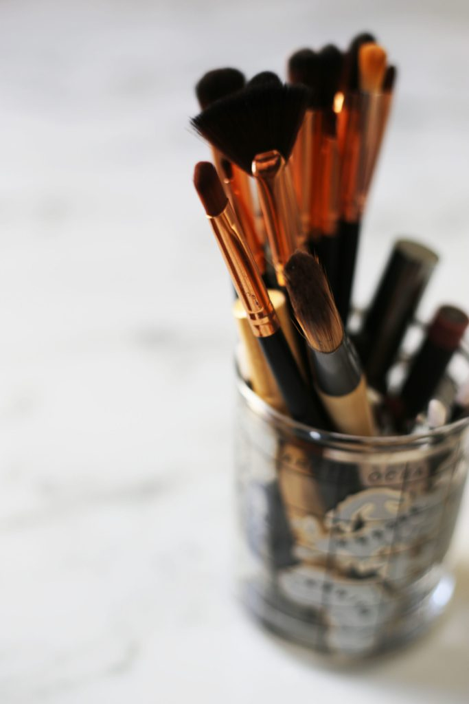 Cleaning makup brushes helps to keep your face clean.