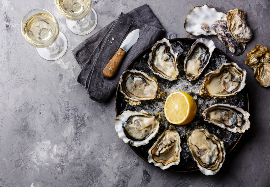 oysters-muscadet.jpg