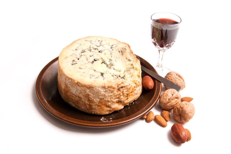 stilton-with-port.jpg