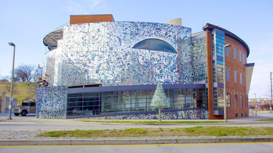 wpid-27143-American-Visionary-Art-Museum