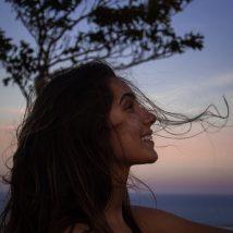 woman wearing black tank top close up photography