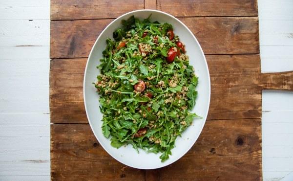 Farro and Arugula Salad with Orange Herb Vinaigrette / Carrie Crow / Katie Workman / themom100.com