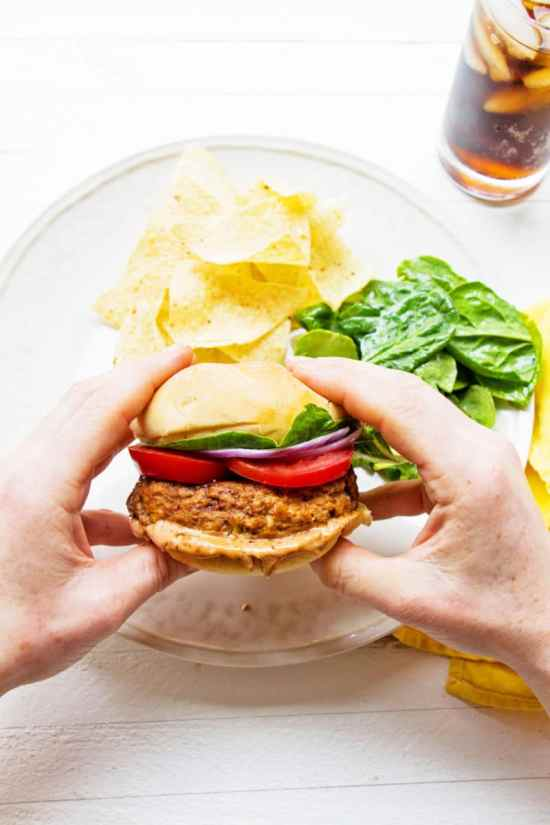 Chipotle Barbecue Turkey Burgers / Mandy Maxwell / Katie Workman / themom100.com