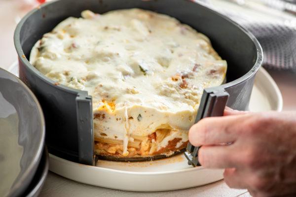 Instant Pot Pasta Recipe / Katie Workman / themom100.com / Photo by Cheyenne Cohen