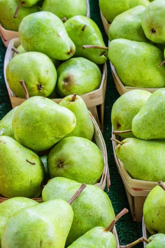 When Are Pears in Season? / Photo by Jonathan Mast / Unsplash.com