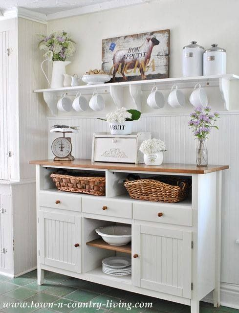 Cottage style coffee bar