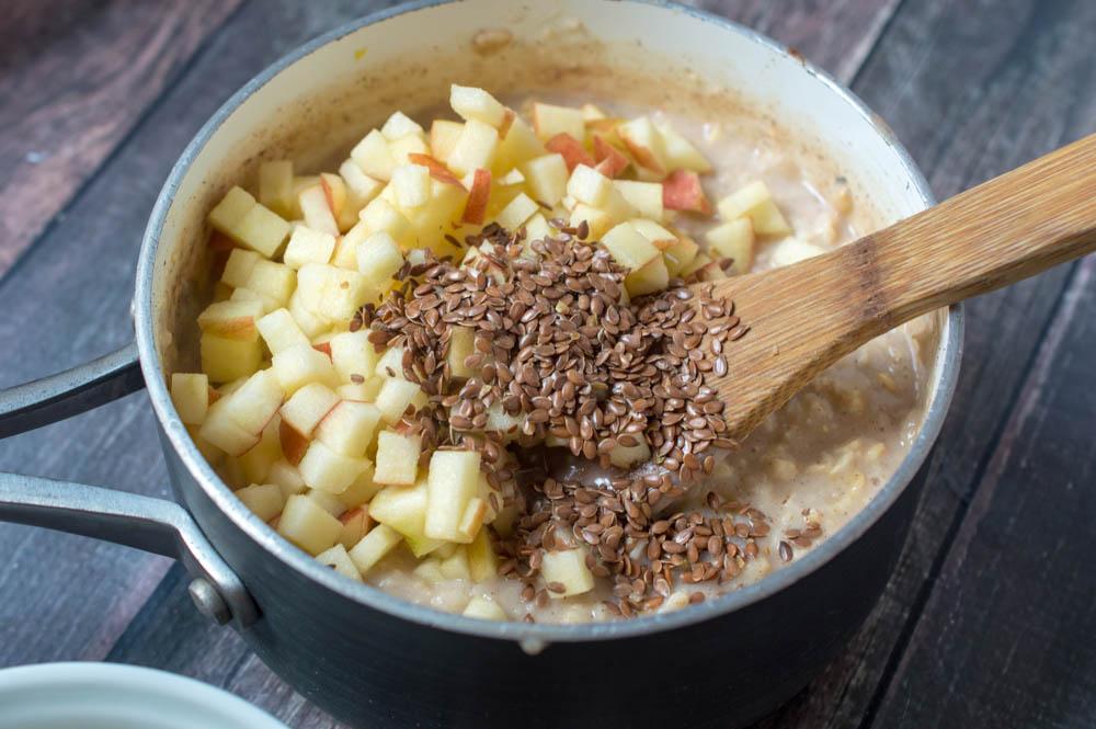 Homemade Caramel Apple Oatmeal
