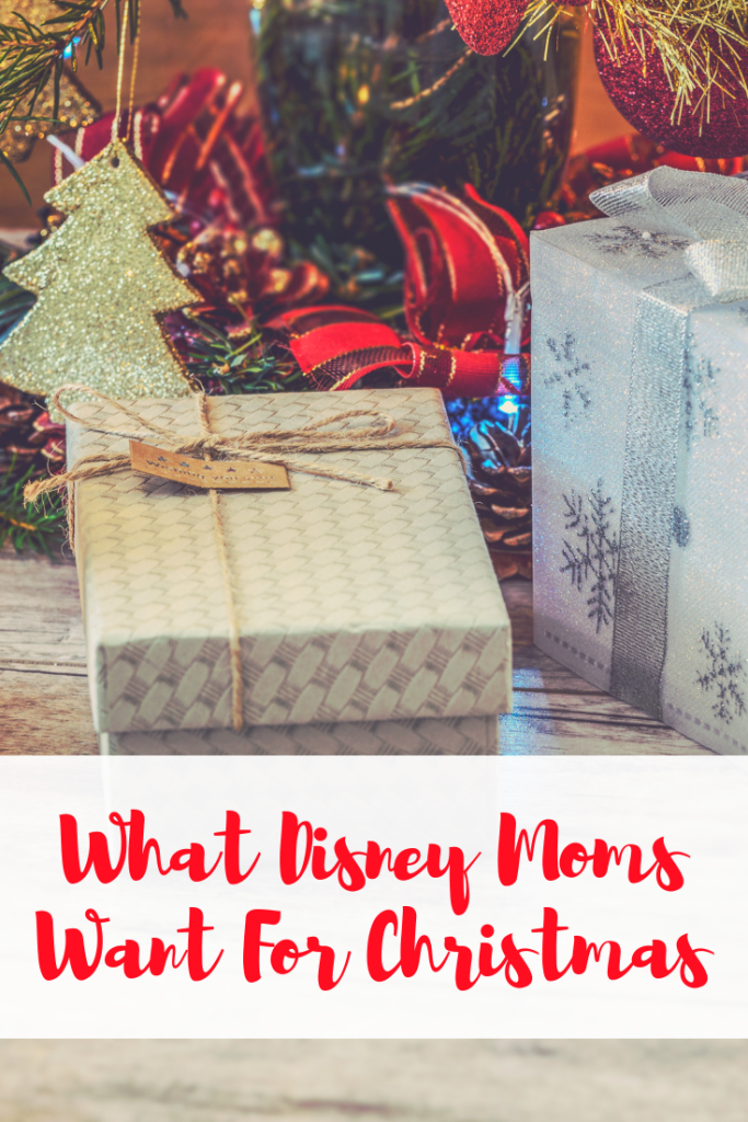 What Disney Moms Want For Christmas, Disney Gift Guide, Disney Moms Christmas, Christmas wish list, Holiday Gift Guide, Disney Gift Guide, Disney Moms Gift Guide, #DisneySMMC, Disney Gifts, Moms Gift Guide, Gift Guide for her